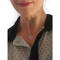 Halsband diamantform