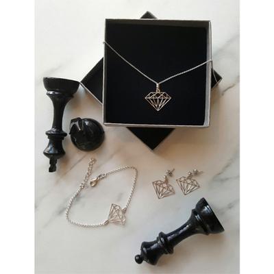 Örhängen diamantform